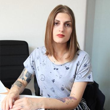 Ани Петрс